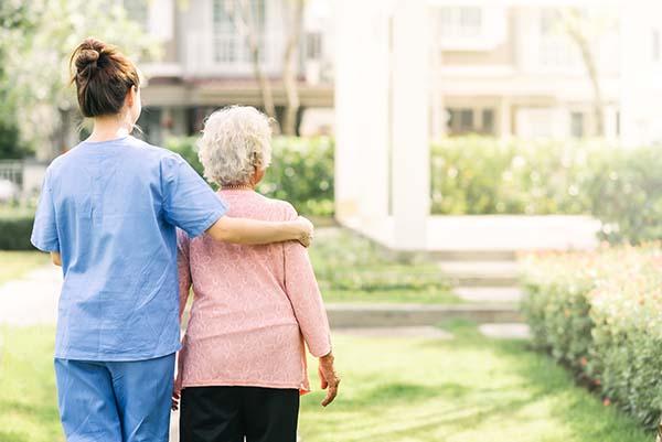 Relación y comunicación con la persona anciana